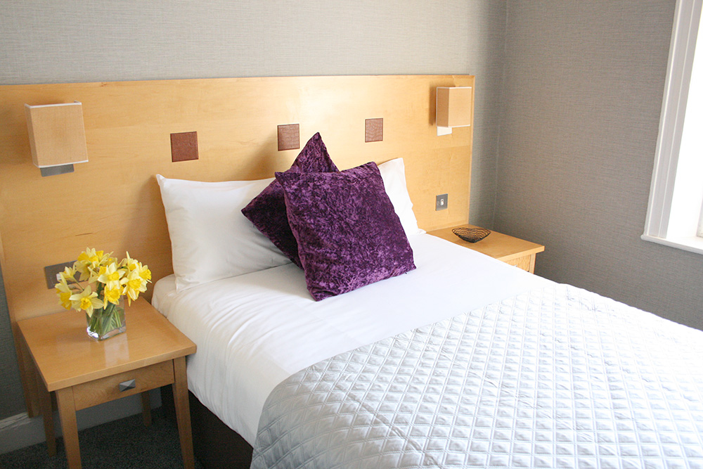 Double Room - Warwick Arms Hotel