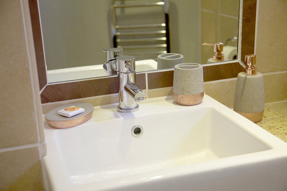 Single Room En-suite - Warwick Arms Hotel